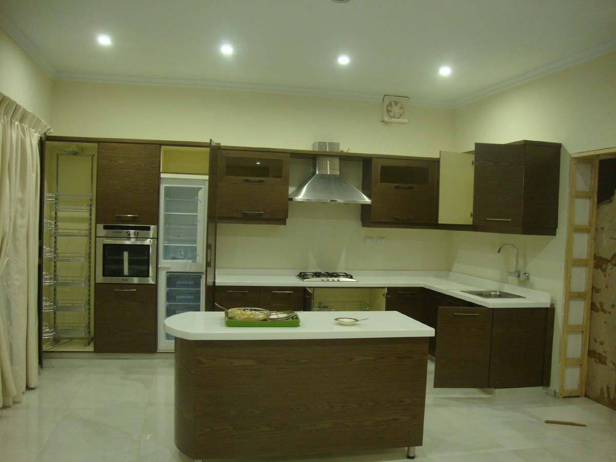 Kitchen cabinets with door project at gulberg lahore for Kitchen cabinets in pakistan